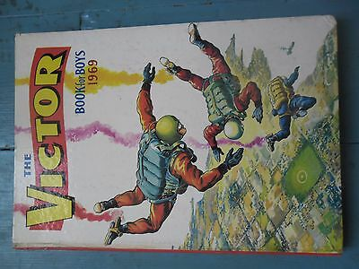 The Victor Book For Boys 1969 D. C. Thompson