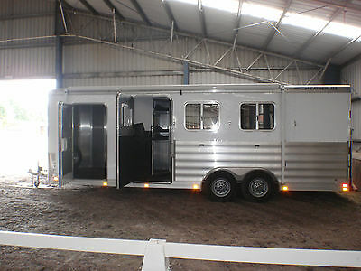 Brand New Featherlite Aluminium 3 Horse Angle Float with huge living USA IMPORT