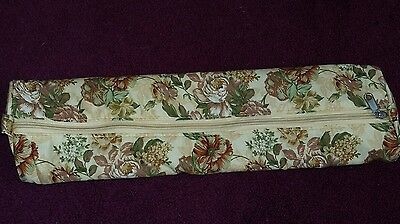 Lovely Floral Fabric Knitting Needle Case with Zip. Excellent Condition.