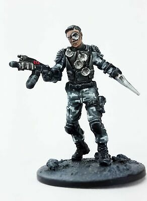 T-1000 - Resin New Warlord Games