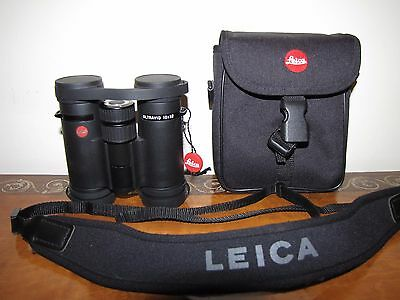 Leica 10x32 BR Ultravid binoculars with case
