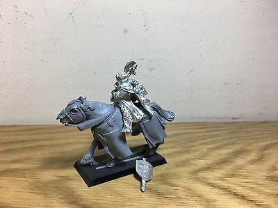 Bretonnia General Metal With Two Hands Weapon OOP Sixth Edition