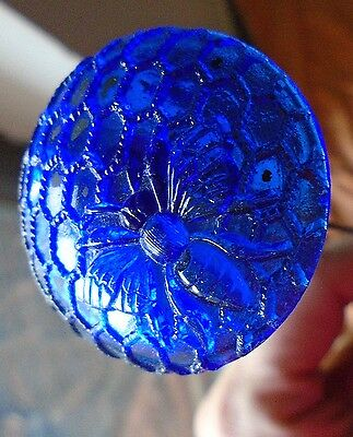 Honey Bee on Honeycomb Deep Blue Color Hatpin Hat Pin Carnival Vintage Glass