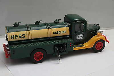 Hess 1980 Gasoline Tanker Truck 10186 - Played with - USED C25D