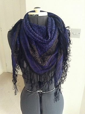 Floral Tassel Scarf/shawl In Indigo And Black From H&M