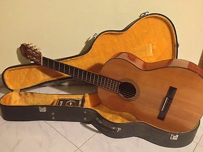 Vintage Aria A551B Classical Acoustic Guitar Made in Japan