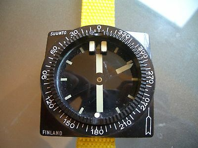 SUUNTO FINLAND VINTAGE DIVERS SCUBA COMPASS 53mm USED WORKING BLACK RESIN CASE