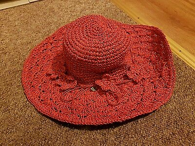 Seeberger hat red   new with tags