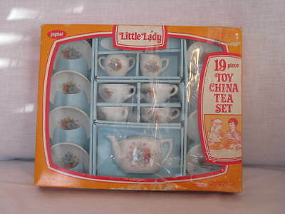 Vintage Jaymar Little Lady 19 Pc Toy China Tea Set in Box Roses Red Letter Japan