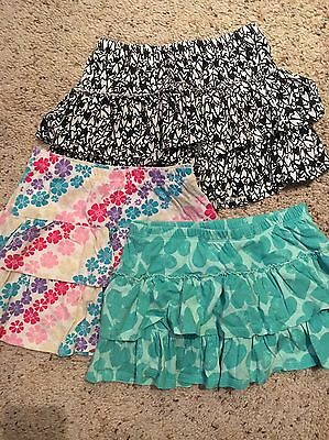 Girls Skorts Lot Of 3 Teal Hearts/ Floral/ Black White Hearts Circo 7/8