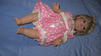 Baby So Beautiful Blonde Brown eyes original clothes 1995 Playmates