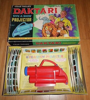VINTAGE DAKTARI 1960's CHAD VALLEY GIVE A SHOW TOY PROJECTOR SET RARE BBC TV