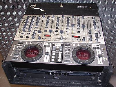 Pioneer CMX-3000 Dual DJ CD player & Behringer VMX-1000 Mixer 7 Channel Sub out