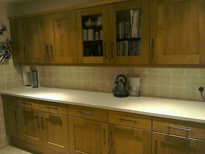 kitchen units wood fronts worktop dishwasher gas hob extractor fan