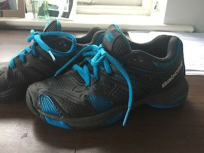 Boys Babolat Tennis Shoes Trainers Size 2 Grey Blue
