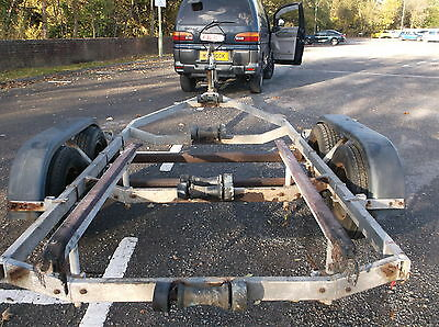 Boat Trailer, Twin Wheeled For 18/21 Ft Powerboat