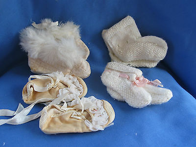 4 Vintage Pairs of Baby/Doll Booties