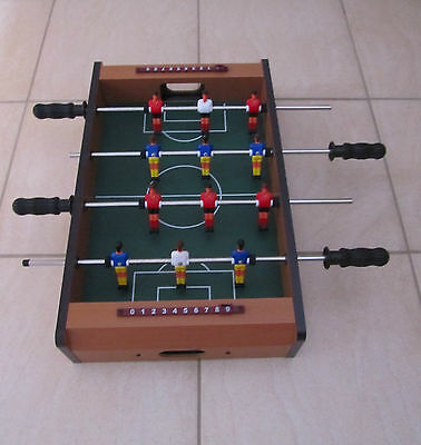 Mini Table Top Indoor Football/Soccer Game 'FOOSBALL' (approx 51x31x10cm)