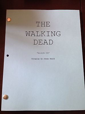 The Walking Dead TV SHOW Script #104 VATOS Great Keepsake, Assorted Color Cover