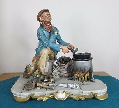 Capodimonte Figure Of Tramp Roasting Chestnuts By Volta - Perfect Condition