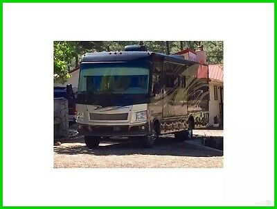 2011 Damon Motor Coach Challenger 32VS Used Class A, Gas, Sleeps 8, 2 Slide Outs