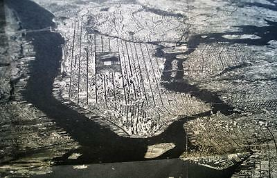 NATIONAL GEOGRAPHIC AERIAL PHOTO MAP OF NEW YORK CITY 1930s VINTAGE