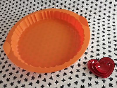 NEW Tupperware Flans/Pie/Tart Silicone baking Form ❤