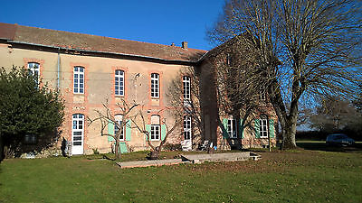 12 Bed 600m2 House in France, +7000m2 Land, +500m2 Barn, +60m2 Bungalow