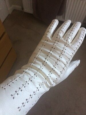 Soft Leather Cream Vintage Gloves