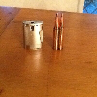 A Ronson lighter and a lighter from china
