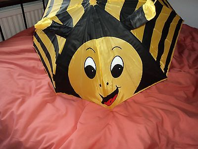 Adults or Kids  wasp umbrella in excellent condition when open measures 26 ins a