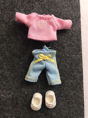 Mattel Barbie Happy Family Neighborhood Toddler Nikki Clothes & Shoes