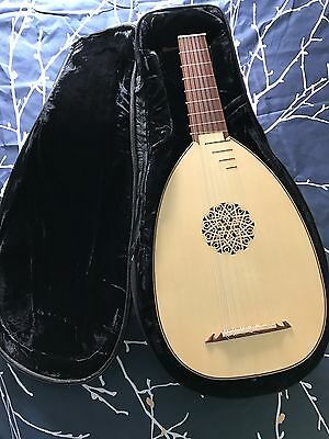 Roosebeck Deluxe 7-Course Lute + Gig Bag + Additional Set of Strings