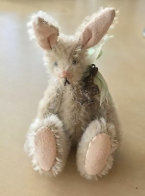 Deb Canham Artist Design * Peter Rabbit