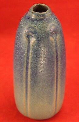 "Early VAN BRIGGLE Pottery 1918 Arts and Crafts 6"" Vase - Signed - Lt to Dk Blue"
