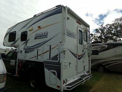 Beautiful Like New 2011 Lance 861 Truck Camper! Fits Short Bed Truck! Generator