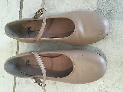 Girls tap shoes, size 2.5 US, good condition