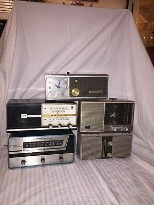 Lot Of Vintage Radios Working