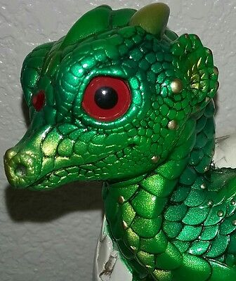 *MINT*  Windstone Editions Emerald Hatching Empress (Retired)
