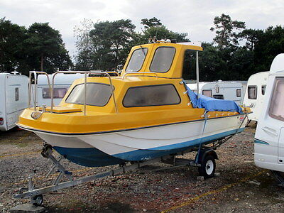Wilson Flier 17ft Fishing Boat. ( RELISTED DUE TO TIME WASTER )