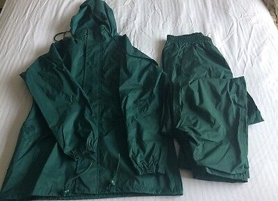 Peter Storm Green Waterproofs Hooded Jacket & Trousers Size M