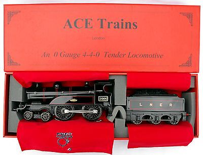 """ACE Trains E3 """"0"""" gauge 3-Rail Electric 4-4-0 Tender Loco in LNER Black - Boxed"""