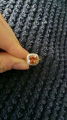 9ct gold azotic topaz and diamond ring size S