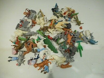 Mixed Vintage Plastic Toy Soldiers, Animals And Spares - Britains? Etc Job Lot