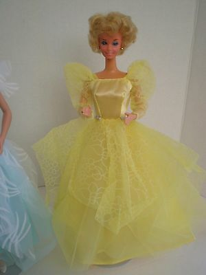 Vintage Beautiful Lovely Full Yellow Gown