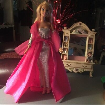 Vintage Beautiful Fuscia And Silver Gown With Shoes