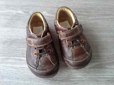 Boys Clarks  first shoes size 4.5 F fit
