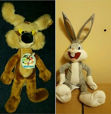 Wile E. Coyote Bear 1988 Warner Bros/ Bugs Bunny Year Unknown Both G.condition.