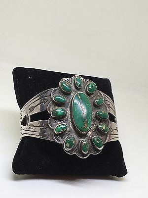 Super Stunning Vintage Navajo Sterling Silver And Green Turquoise Bangle!