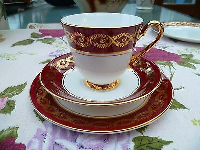 Pretty English Windsor China Trio Tea Cup Saucer Plate Red Gilded 1244